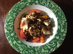 healthy-greek-tomato-salad